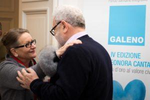 Premio Cantamessa - Mariella Armati, madre di Eleonora Cantamessa, e Aristide Missiroli, presidente di Cassa Galeno