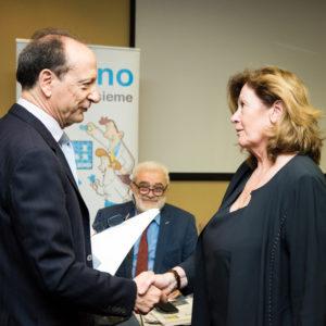 """Un momento della premiazione del concorso di Cassa Galeno """"Presenta un collega"""""""