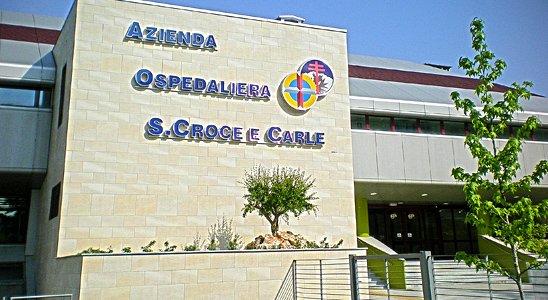 L'azienda ospedaliera San Croce e Carle è in convenzione con Galeno